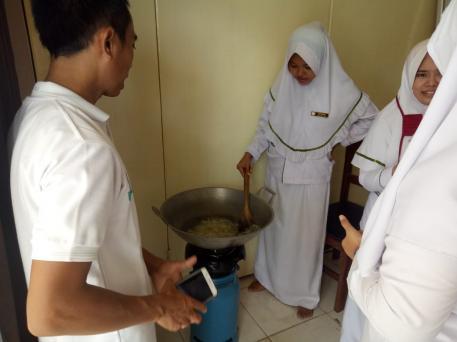 praktikum-pembuatan-herbal-instan-aloe-vera